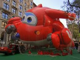 macy s thanksgiving parade revels on amid tight security