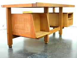 grand bureau en bois bureau bois clair table de bureau en bois bureau bois design 50