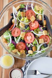 What Type Of Dressing Does Olive Garden Use - olive garden salad copycat yellow bliss road