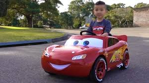 lighting mcqueen pedal car park drive with disney pixar cars 3 lightning mcqueen electric ride
