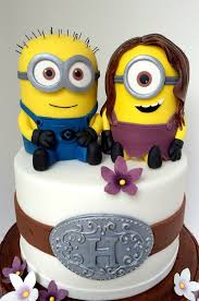 minion wedding cake topper adorable minion wedding cake between the pages