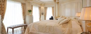 Schlafzimmer Im Chalet Stil Stilvoll Wohnen Im Exklusiven Landhausstil