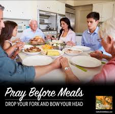 thanksgiving dinner prayer blessing do you pray before meals catholic prayers to get you started