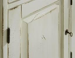 Wohnzimmerschrank Weiss Massiv Vitrine Mit Linksanschlag Fichte Massiv Antik Creme Vintage