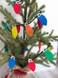 the creative cubby felt christmas lightbulb garland