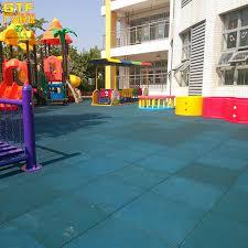 tappeto di gomma per bambini outdoor antiscivolo piastrelle di gomma tappeto di sicurezza per