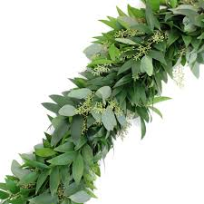 and seeded eucalyptus garland