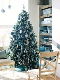 Blue And Silver Christmas Tree - christmas tree decorating ideas everything 4 christmas