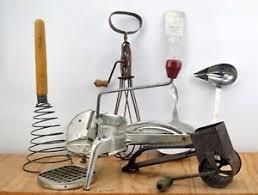 moulinette cuisine lot ancien ustensiles de cuisine moulinette fouet à fromage