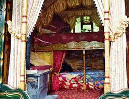 gypsy bedroom vardo interior decoration gypsy decoration ideas