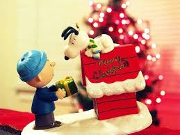 Snoopy Christmas Decor by The 25 Best Snoopy Christmas Decorations Ideas On Pinterest