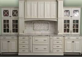 Traditional Kitchen Cabinet Handles Decorating Traditional Kitchen Design With Home Depot Crown