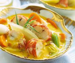 cuisine homard recette originale nage safranée de homard aux légumes