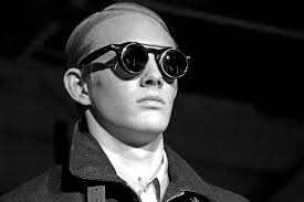 aviator sunglasses guide u2014 gentleman u0027s gazette