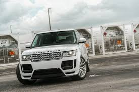 range rover sport custom wheels this range rover sport looks classy with adv 1 wheels black