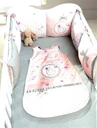 decoration chambre fille papillon tapis chambre fille deco chambre bebe fille deco lit bebe