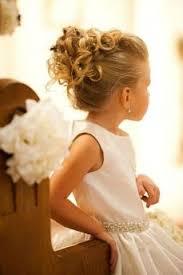 coiffure mariage enfant coiffure enfant coiffure de cérémonie pour fille prom