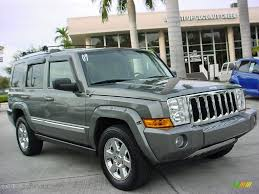 jeep commander silver 2007 mineral gray metallic jeep commander limited 24693279