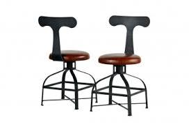 chaise de bureau style industriel le style industriel chez roche et bobois la cerise sur la décô