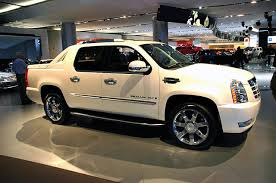 cadillac escalade trucks pictures of the 2007 cadillac escalade ext escalade ext utility