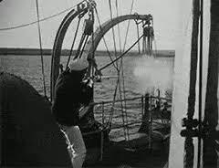 Bathtub Battleship Aleksandr Antonov Gifs Create Discover And Share Awesome Gifs
