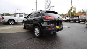 jeep cherokee black 2016 jeep cherokee latitude brilliant black crystal gw163447