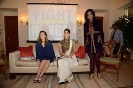 bollywood celebrity homes interiors inside pics kareena s date with valerie trierweiler emirates 24 7