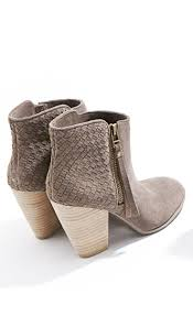 s grey ankle ugg boots grey ankle boots flatlay flatlays flatlayapp flat lay com