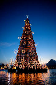 world u0027s largest floating christmas tree rio de janeiro brazil
