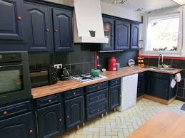 cuisine rustique relooker cuisine rustique repeinte inspirations et relooker cuisine en bois