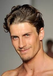 medium wavy hairstyle men medium length hairstyles for men with