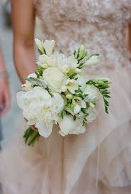 white wedding bouquets stylish white wedding bouquets classic white wedding bouquet