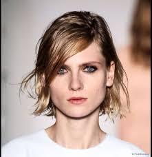 best short wavy hairstyles for women
