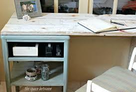 Diy Desk With File Cabinets Diy Desk Out Of Filing Cabinets Desk File Cabinet Rails File