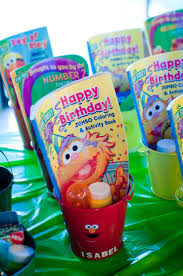 Birthday Favor Ideas by Best 25 Toddler Favors Ideas On Toddler