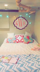 Preppy Bedroom 879 Best Dorm Images On Pinterest College Life College Dorms