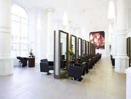 Salon Design Interior 52 Best Hair Saloon Images On Pinterest Hairstyles Salon Design