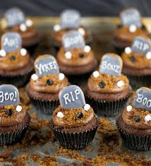 Halloween Graveyard Cake Ideas by Halloween Graveyard Brownie Cupcakes Jessica Gavin