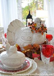 thanksgiving table with turkey a fall thanksgiving table setting and tablescape with a turkey