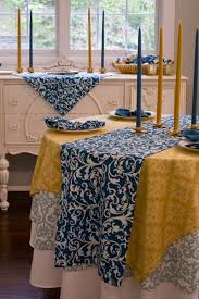 tablecloth ideas for round table 26 best tablecloths ideas images on pinterest table covers table