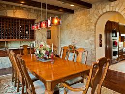 how to decorate a warm and stunning family dining room to welcome