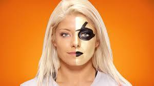 Goldust Halloween Costume Alexa Bliss Wwe Transforms Thebizarreone Goldust