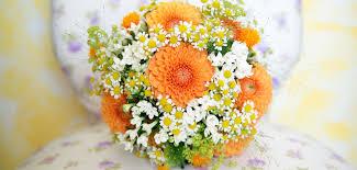 budget fleurs mariage quel budget prévoir pour le bouquet de la mariée grazia