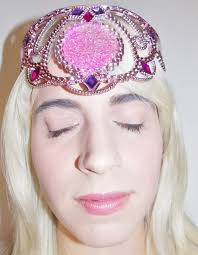 get the halloween costume idea beauty look disney sleeping beauty