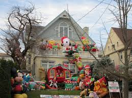 dyker heights christmas lights tour 2017 where to see brooklyn s dyker heights christmas lights
