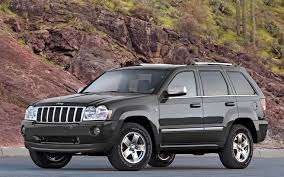 pulling forward 2008 jeep grand cherokee limited 4x4 crd photo