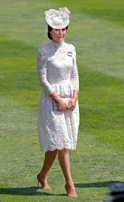 Alexander Mcqueen Wedding Dresses Kate Middleton U0027s Royal Ascot Dress Resembles Her Wedding Gown