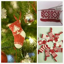 knitted christmas diy mini knitted christmas free pattern beesdiy