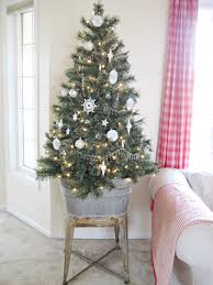 Home Decorating Ideas For Christmas by Exciting Small Decorated Christmas Trees 67 For Home Decor Ideas