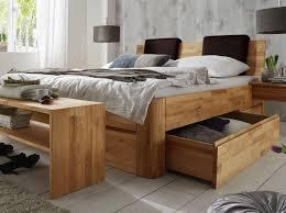 Schlafzimmer Mit Polsterbett Massivholz Liege